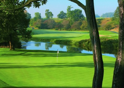 Blackwolf Run Meadow Valleys Golf Course Hole 18 Salmon Trap Green