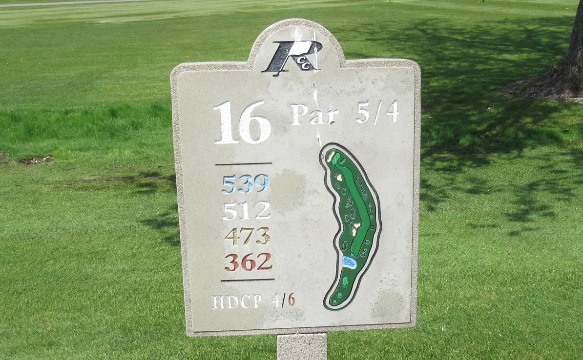 Reedsburg Country Club Gallery - Wisconsin Golf Trips