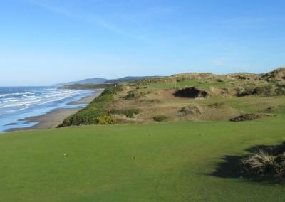 Pacific Dunes Hole 11 Par 3 Tee